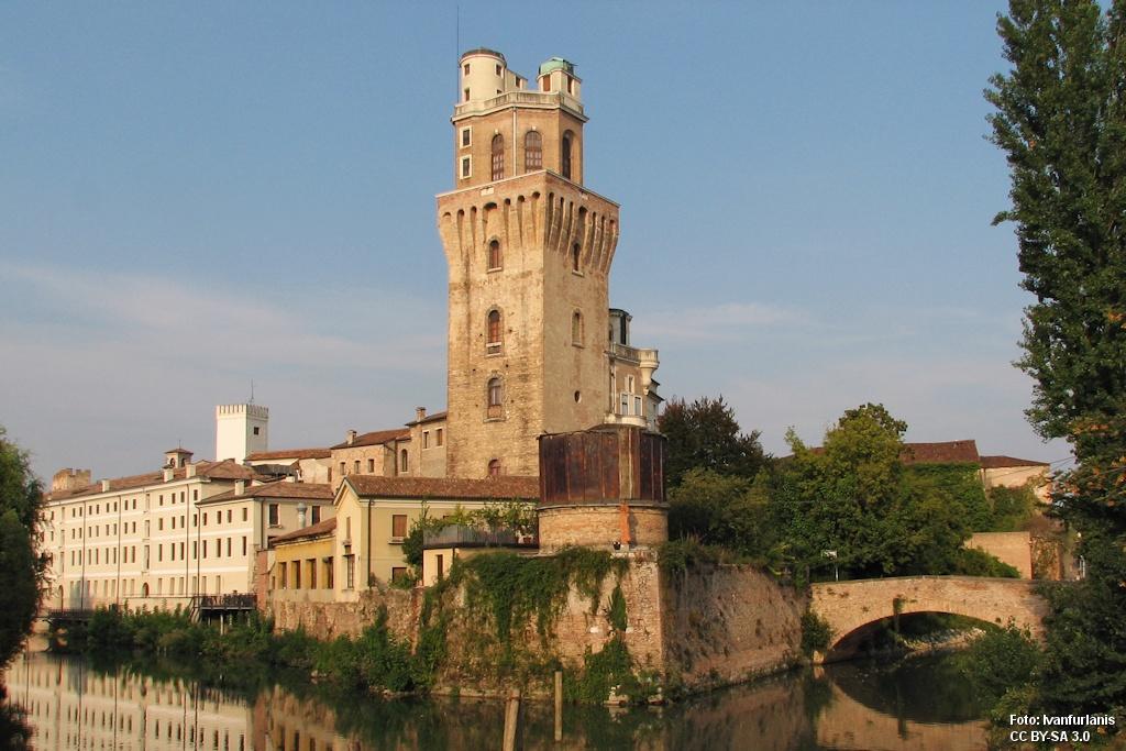 Castelvecchio (Castello Carrarese) – Padova